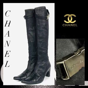 Auth CHANEL Vintage Belted Leather Heeled Boots